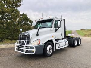 2014FreightlinerCA125 DC